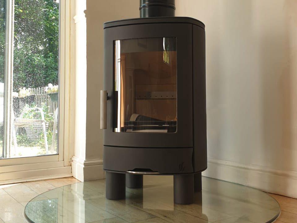 Brightside-stoves-stortford-twinwall-installation1